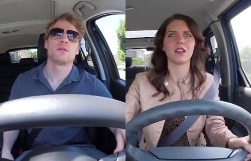 Diferencias de hombres y mujeres mientras manejan