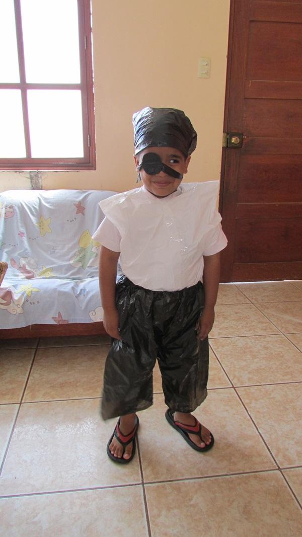 de-que-te-disfrazaban-cuando-chiquito-vota-aqui-pirata