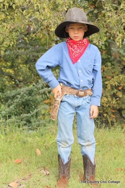 de-que-te-disfrazaban-cuando-chiquito-vota-aqui-vaquero