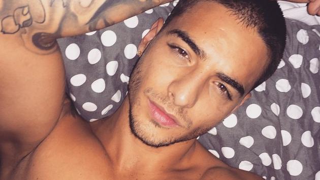 maluma selfie sin camia instagram