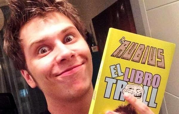 7c459f81e6020 El Libro Troll  del youtuber  Rubius  provoca revolución en Colombia ...