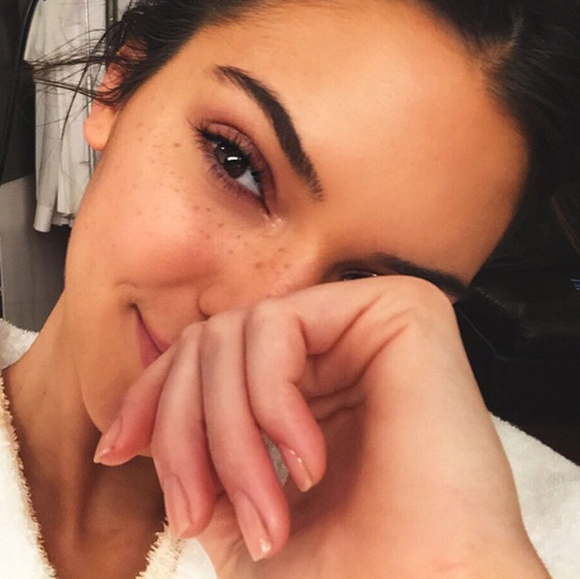 Kendall Jenner sin maquillaje y al natural