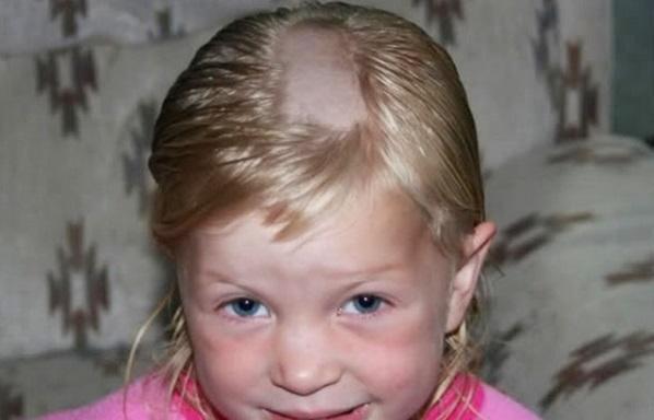 Niños que se cortaron el pelo ellos mismos