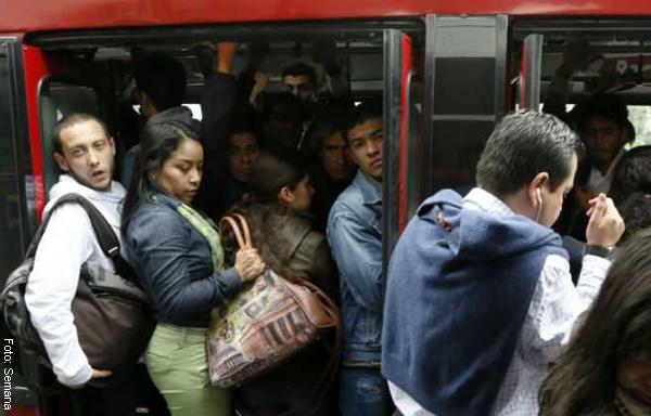 Top 10 estaciones de Transmilenio donde mas roban celulares