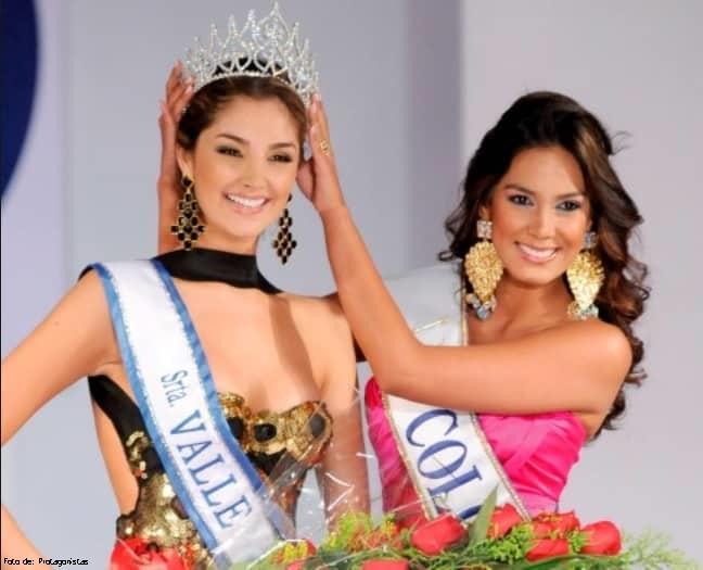 Foto de Melina Ramírez con corona