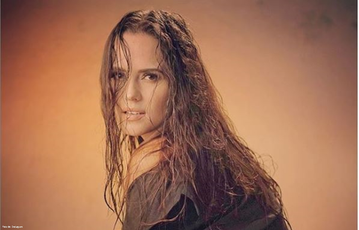 Video de Ana Lucía Domínguez en Bikini estremece las redes