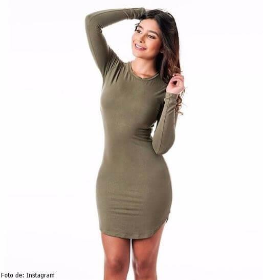 Hermana de Paola Jara en vestido
