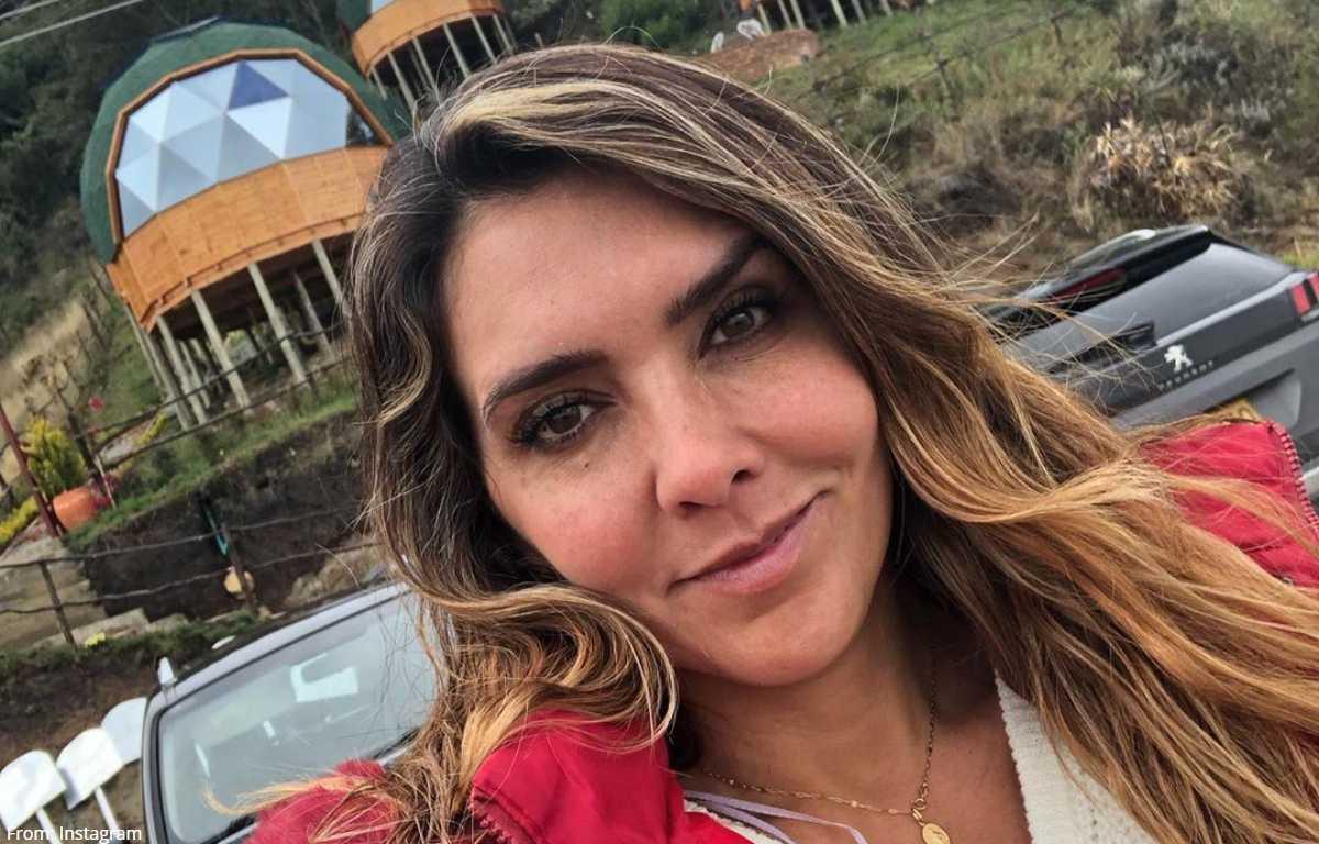 Mónica Rodríguez reapareció con ardiente foto en traje de baño