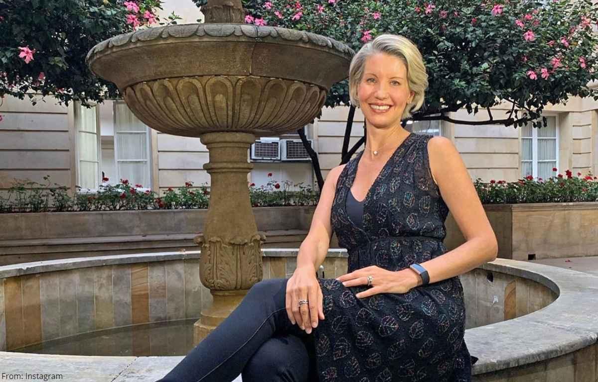 Revelan impensadas fotos de Claudia Gurisatti como colegiala