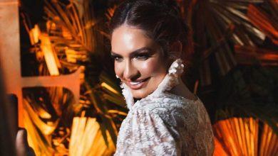 Kimberly Reyes presume cola con sugestivas fotografías