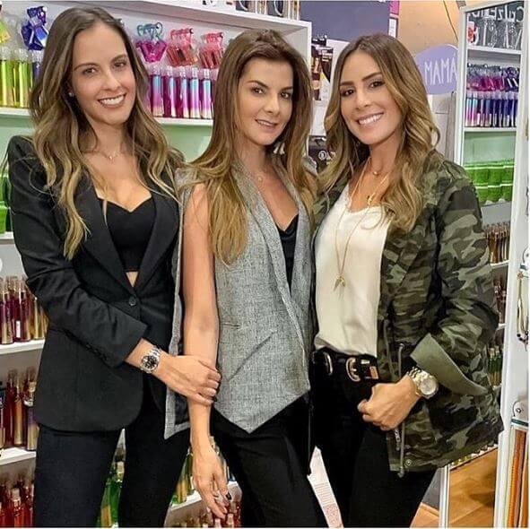 Laura Acuña, Carolina Cruz y Carolina Soto
