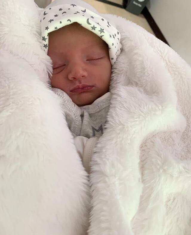 Foto del bebé de Melina Ramírez y mateo Carvajal