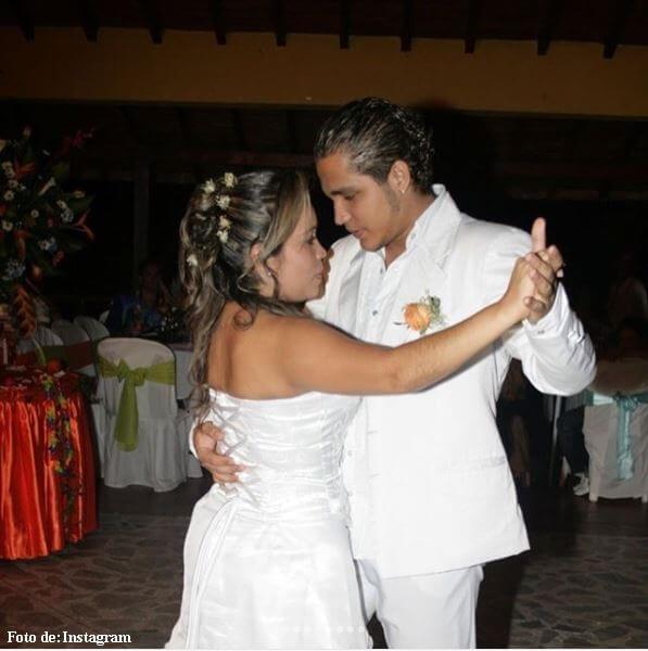Jessi Uribe bailando con Sandra Barrios