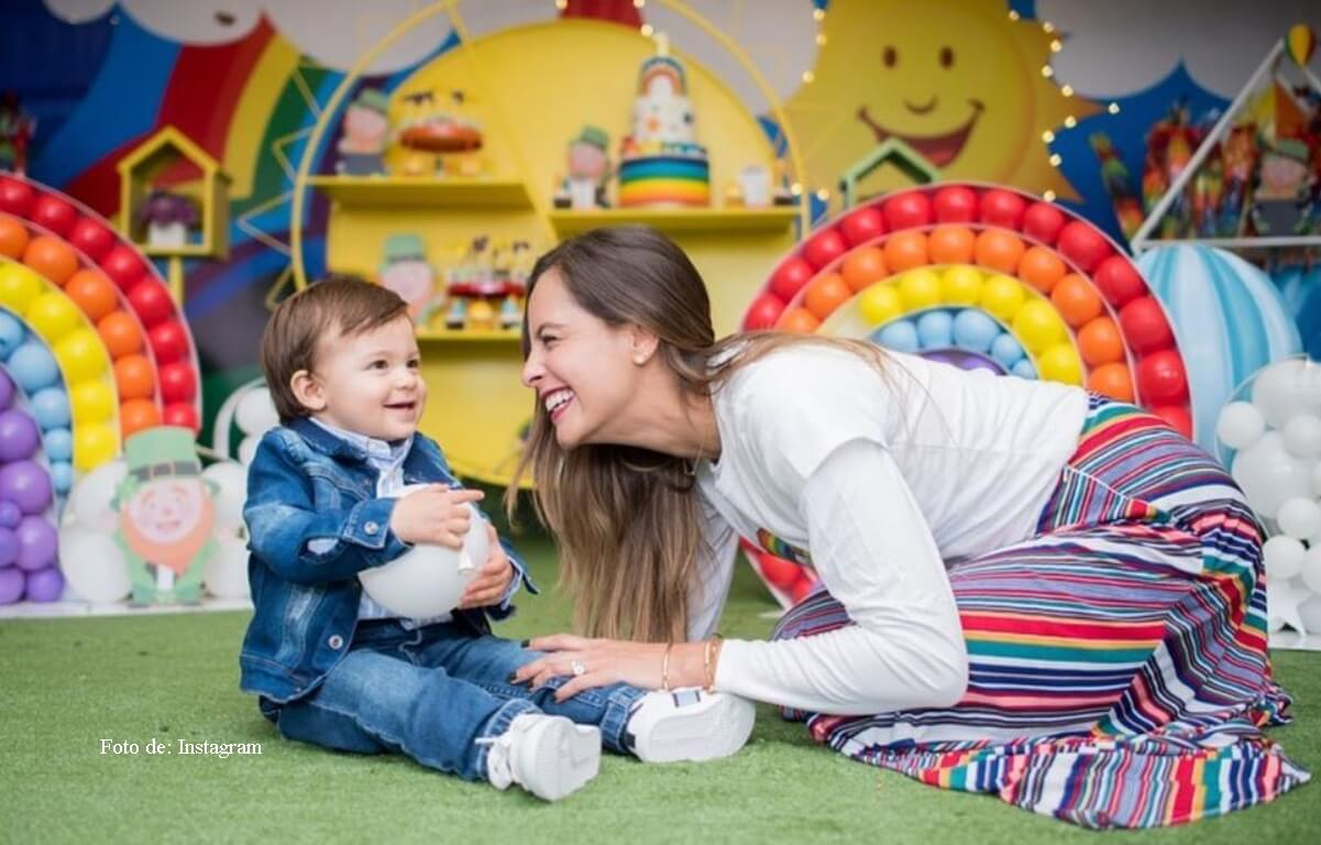 Críticas a Laura Acuña por la alimentación de su hijo