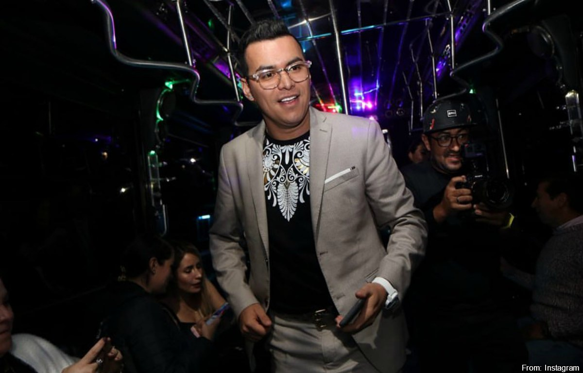 Yeison Jiménez presumió su nueva compra millonaria con champán incluido