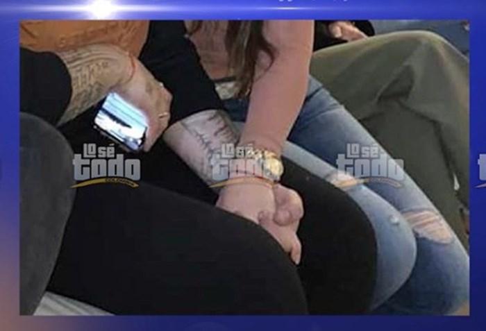 Romance de Jessi Uribe y Paola Jara
