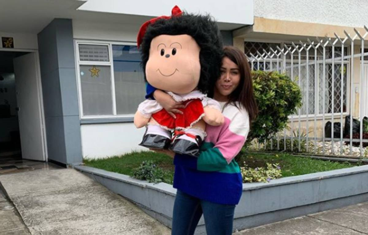 """Yina Calderón revela foto de cuando era """"campesina"""""""