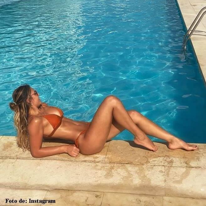 Vaneza Peláez en bikini