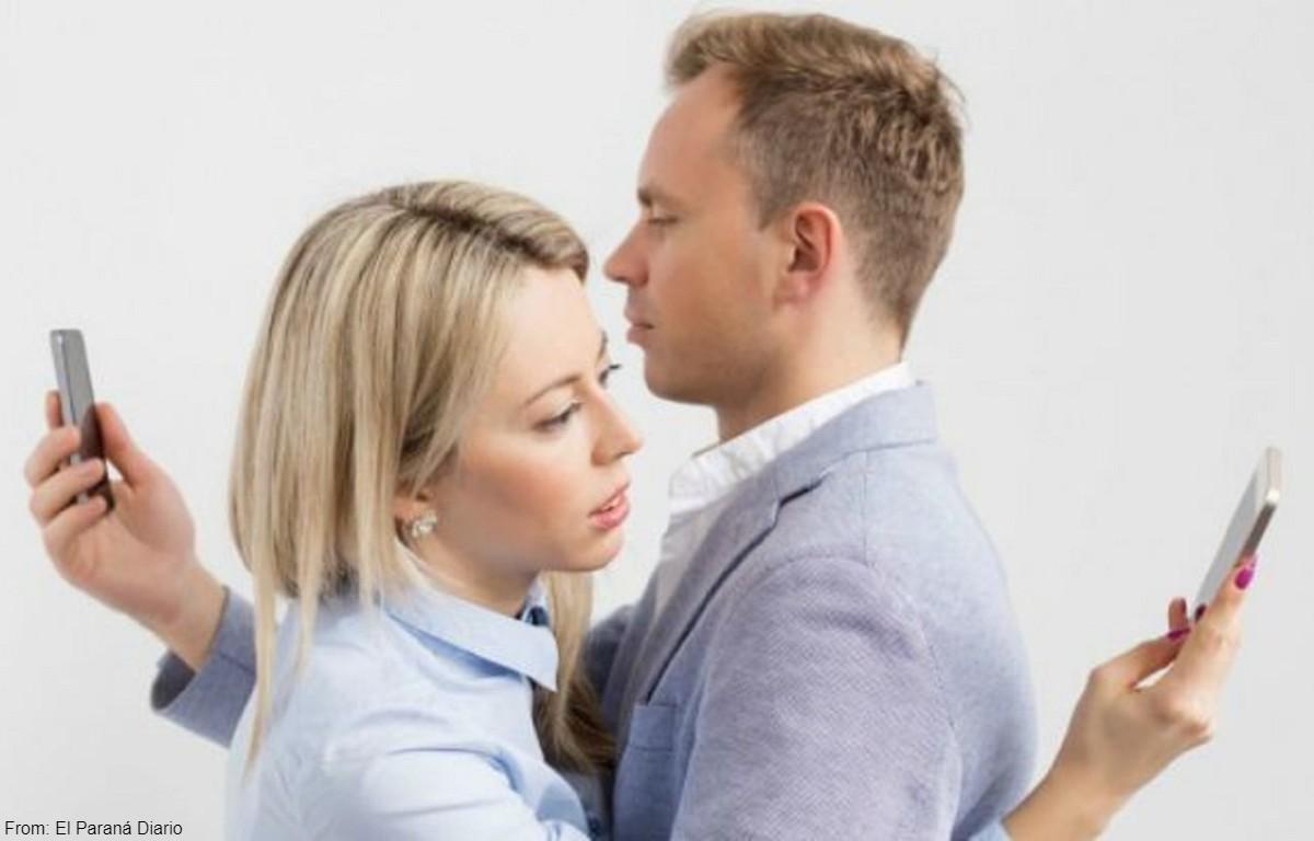 Cómo evitar que las redes sociales dañen la relación de pareja