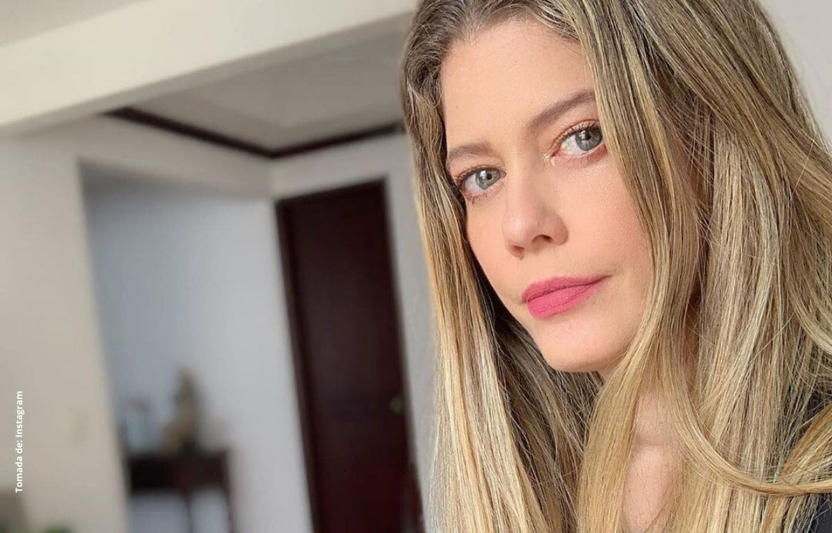 Lorna Cepeda enamora con fotografía en bikini