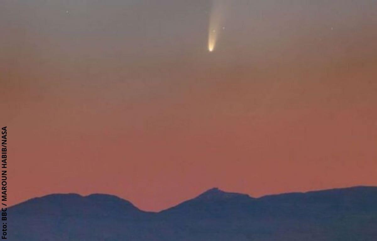 Cómo ver el cometa más brillante en siete años desde Colombia