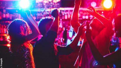 Denuncian supuesta fiesta de famosos en plena cuarentena