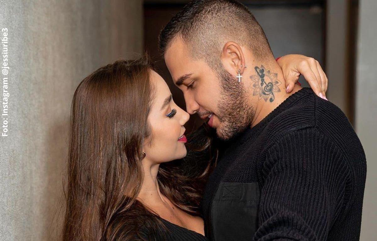Jessi Uribe reveló por fin cuánto lleva con Paola Jara