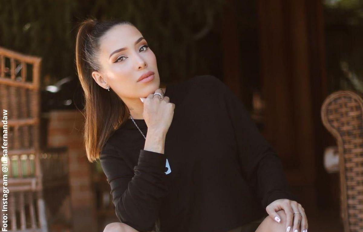 Luisa Fernanda W lució su pancita con sexy atuendo