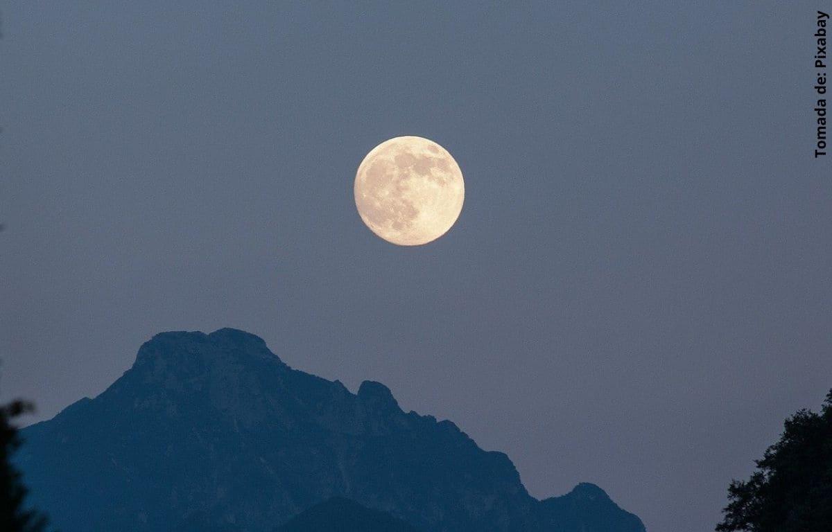 Aprovecha los mejores rituales de la luna llena para el 2020