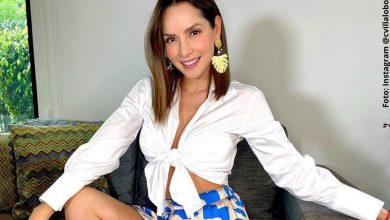 Con vestido corto, Carmen Villalobos bailó sensualmente