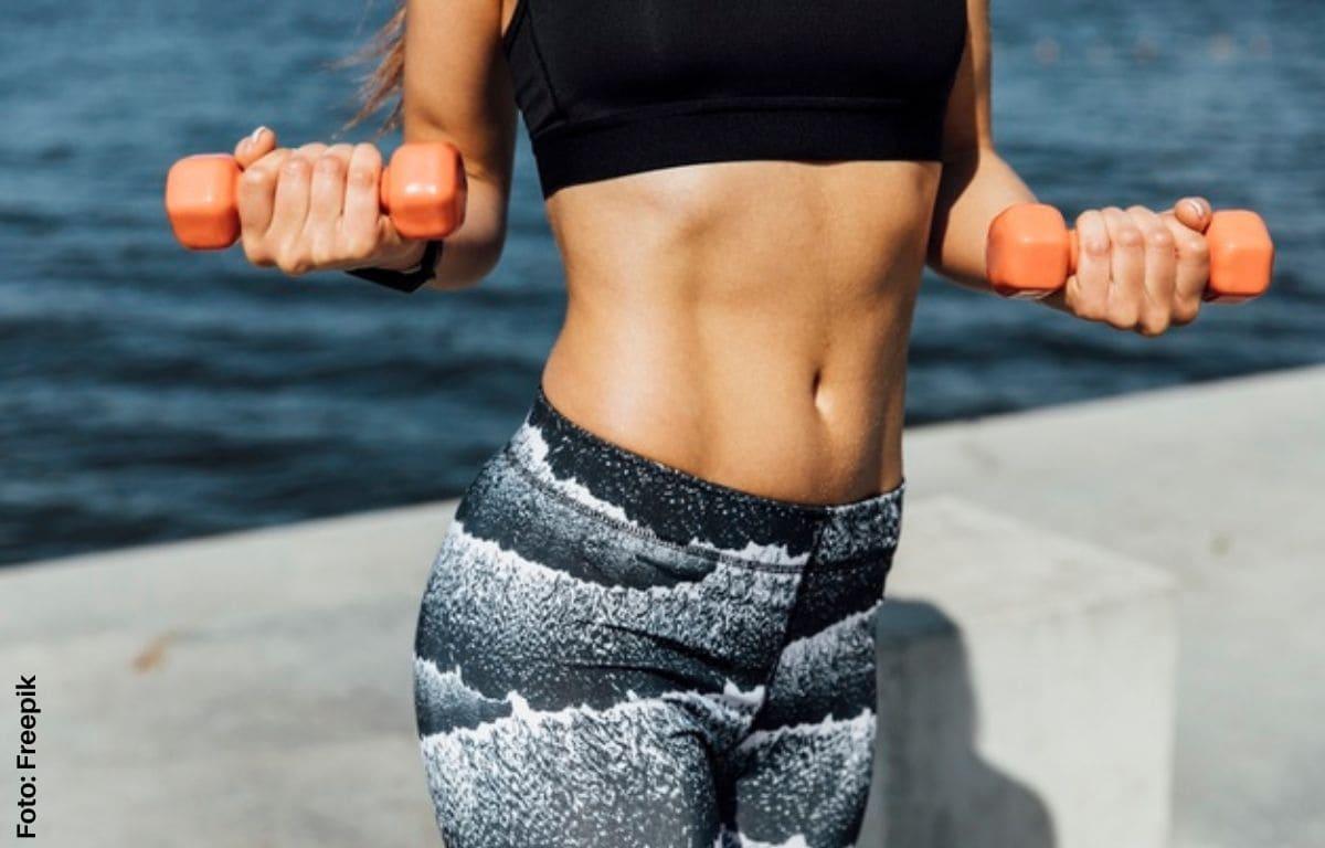 Ejercicios para abdomen y cintura en casa