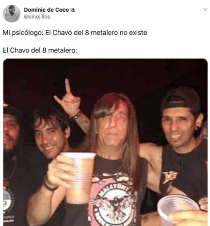 hombres tomando cerveza