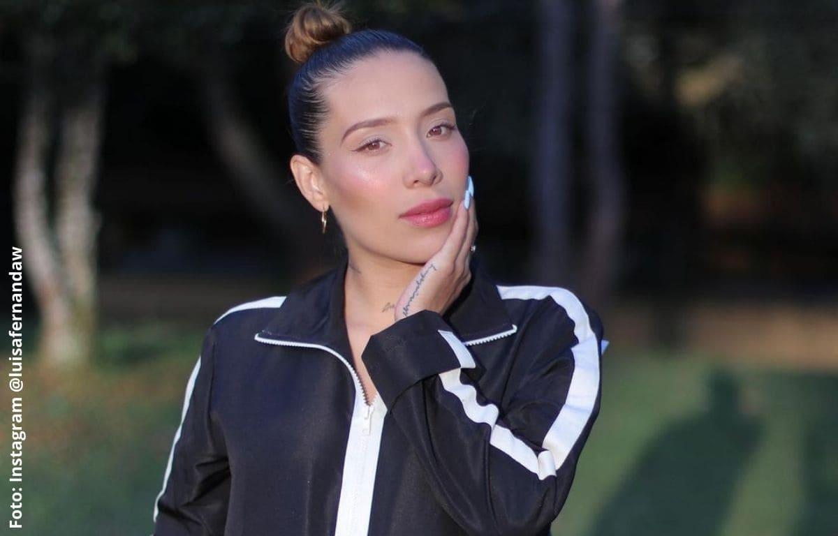 Luisa Fernanda W dejó ver parte de su busto en sexy foto