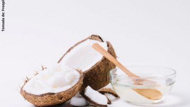 Mascarilla de aceite de coco para la cara