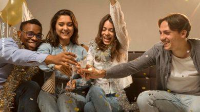 Ideas para recibir el año nuevo en la comodidad de tu hogar