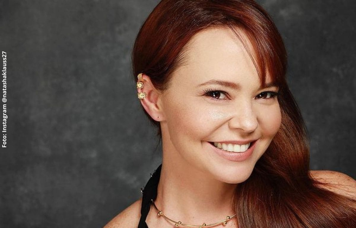 Natasha Klauss anunció que se casa a dos días de presentar a su novio
