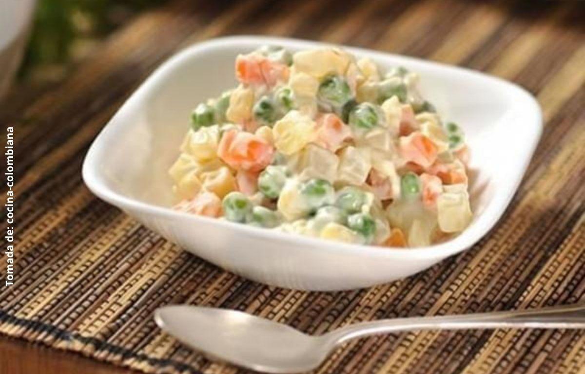 foto de una ensalada de verduras