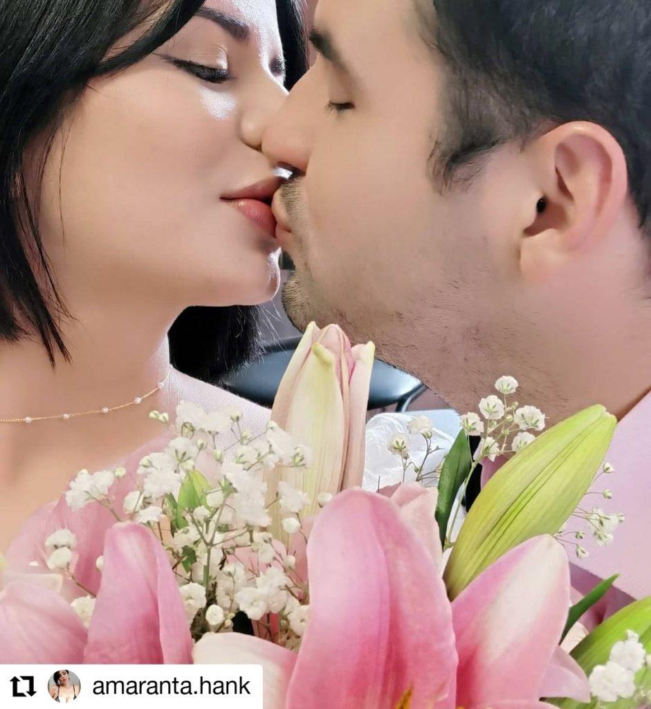 foto de dos personas besandose