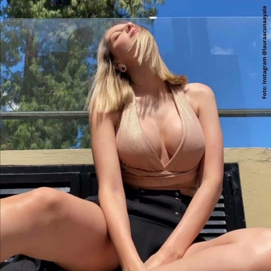 foto de mujer tomando el sol