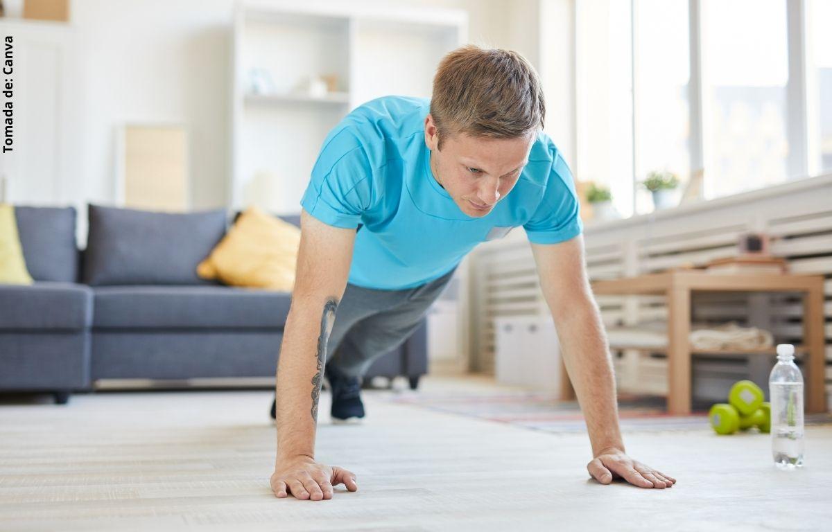 foto de un hombre haciendo ejercicio