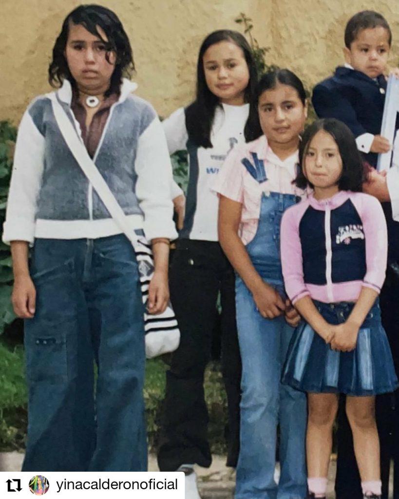 foto de cuatro niñas y un bebé