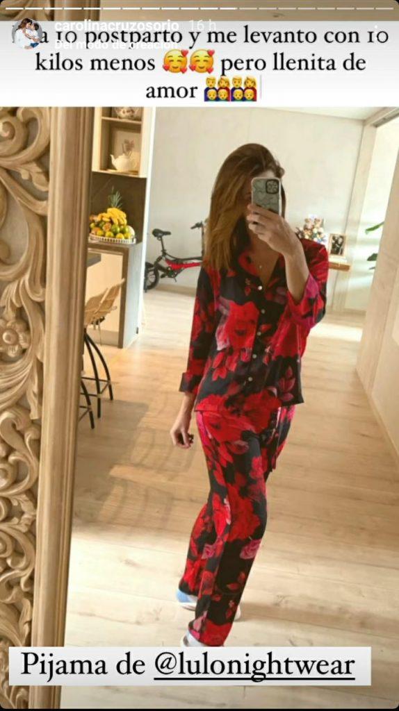 foto de mujer en pijama