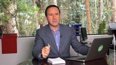 Felipe Arias reaparece tras salir de cuidados intensivos