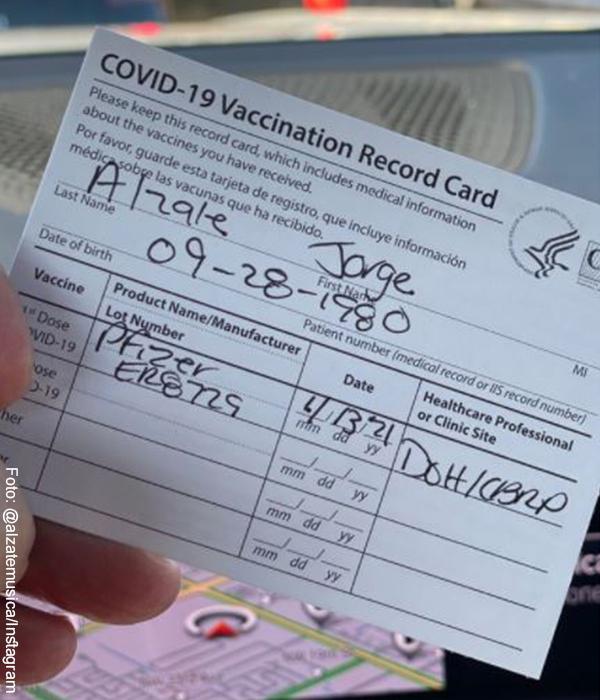 Alzate chicaneó que ya está vacunado contra el Covid, ¡papá!