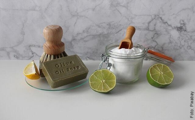 foto de bicarbonato con limón