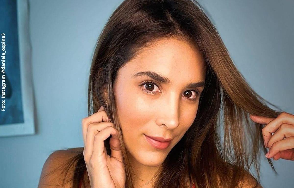 Daniela Ospina no aguantó las críticas por cantar el himno nacional
