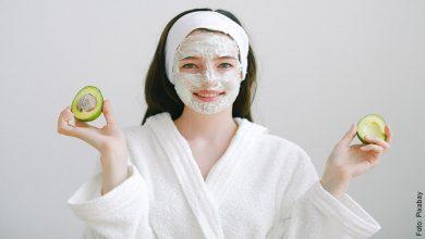 Rejuvenece tu piel con esta mascarilla de aguacate para la cara