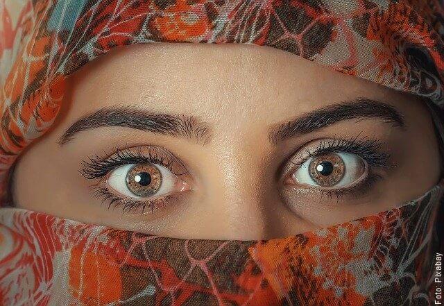foto de ojos de mujer