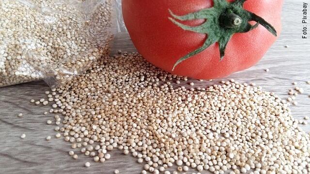 foto de quinua con tomate