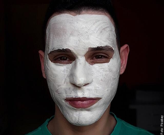 foto de hombre con mascarilla